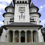 Catedrala Naşterea Maicii Domnului din Gura Humorului