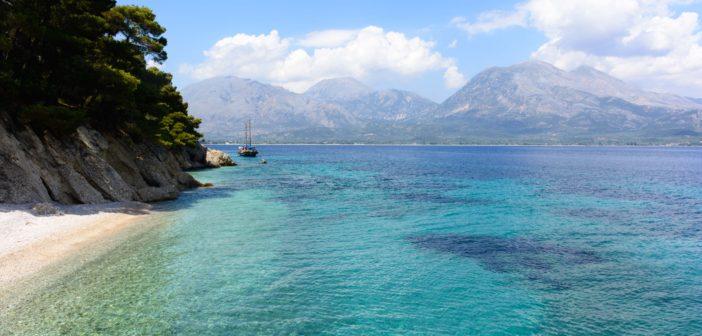 Lefkada – plaje exotice mai aproape decat crezi