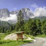 Sosele si munti - peisaj omniprezent in nordul Italiei