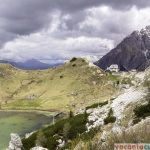 Refugiul Valparola si lacul cu acelasi nume - 2.168 metri altitudine