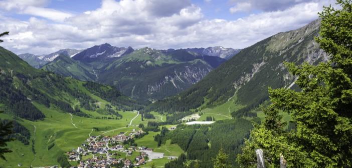 Cele mai bune oferte pentru o vacanta cu masina in Austria