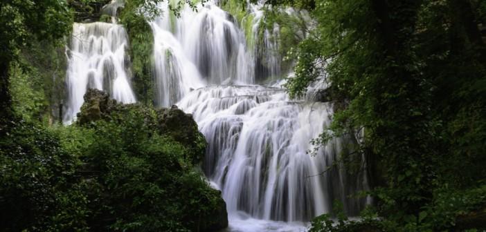 Din frumusetile Bulgariei: Cascadele Krushuna si Pestera Devetashka