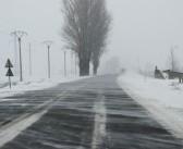 UPDATE: Drumuri inchise din cauza zapezii si a viscolului